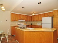 8 Stradwick Kitchen (800x531)