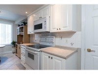1A51 Robson Ct-MLS_Size-009-13-Kitchen-533x415-72dpi